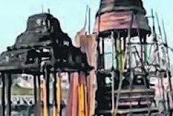 3வது கோயிலில் தீ விபத்து; தேர்கள் எரிந்து சேதம்