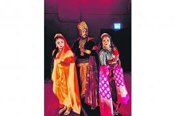 'நாடி' நாட்டிய நாடகத்தின் முக்கிய கதாமாந்தர்களில் சிலர்.இந்த நாடகத்தில் ராவணனின் கோணத்திலிருந்து கதை சொல்லப்பட்டது. படம்: தத்வா