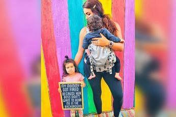 தனது 4 வயது மகள், ஒரு வயது மகனுக்கு தாயாகவும் தனது பொறுப்புகளை நிறைவேற்ற வேண்டிய கடமையும் தமக்கு இருக்கிறது என்றார் அவர். படம்: MODERNCALIMOM/INSTAGRAM