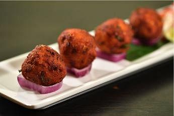 கோழி கோலா உருண்டை / chicken meatballs