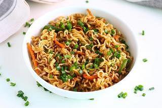 Spicy black pepper noodles