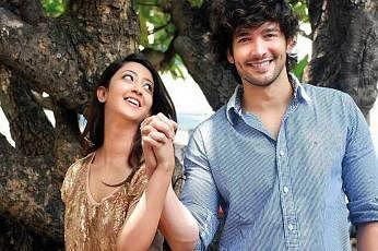 Celebrity couple Diganth and Aindrita interrogated in Sandalwood drugs case
