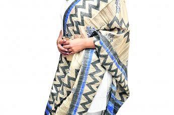 கொரோனா நோய்த்தொற்றால் பாதிக்கப்பட்ட ஏழைகளுக்கு நிதிதிரட்ட நடிகர்களுக்கு அழைப்புவிடுக்கிறார்  நித்யா மேனன். படம்: ஊடகம்