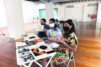 பட்டறைகள் மூலம் சிங்கப்பூர்வாழ் தமிழ் பெண்கள் சிலரின் எண்ணங்களும் கருத்துகளும் சேகரிக்கப் பட்டன.படம்: T:>Works