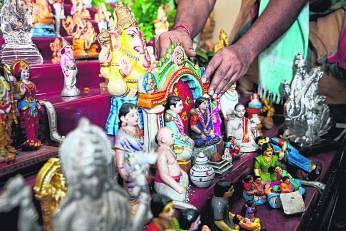 சிங்கப்பூர் கோயில்களில் சிறப்பாக நடந்தேறிய நவராத்திரி பெருவிழா